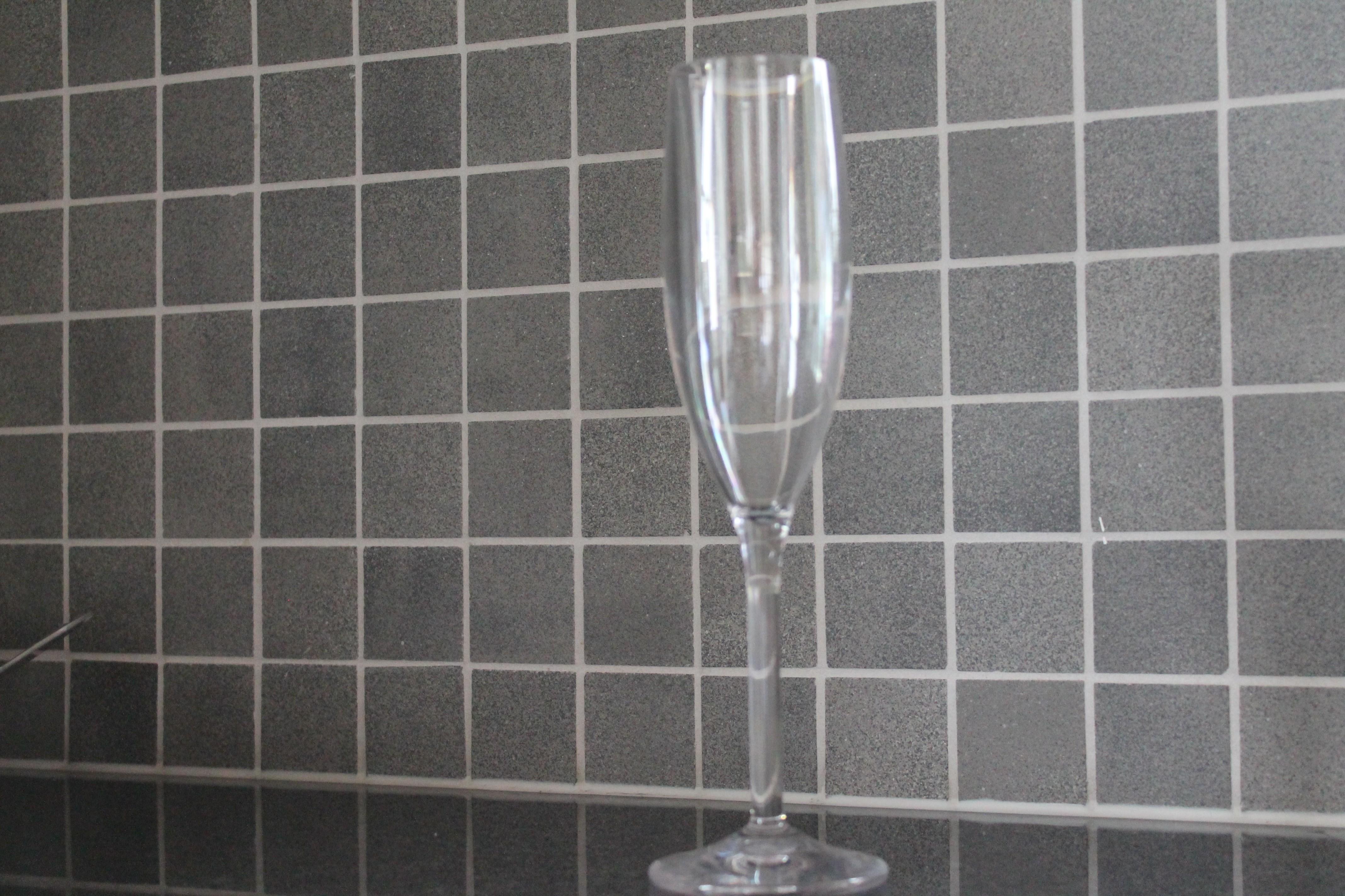 Champagneglas i okrossbart glas material 19,5 cl