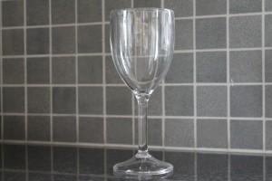 Vinglas i okrossbart glas material 30 cl